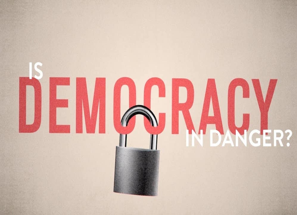 Est-ce que la démocratie est en danger ?