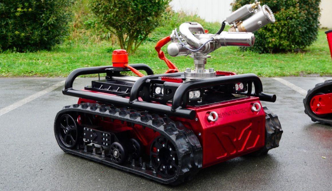 Robot décontaminateur